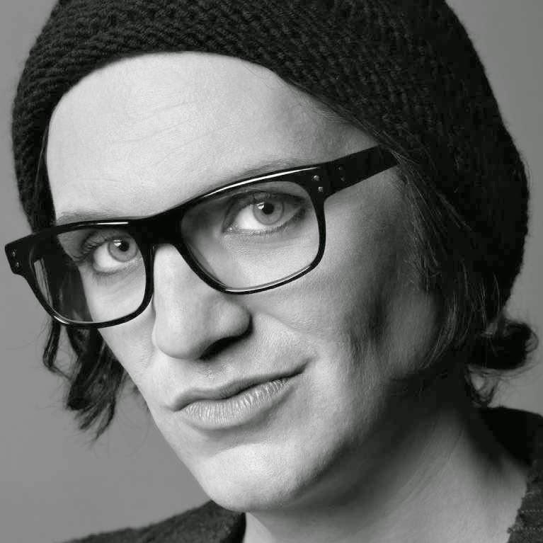 Brian Molko.
