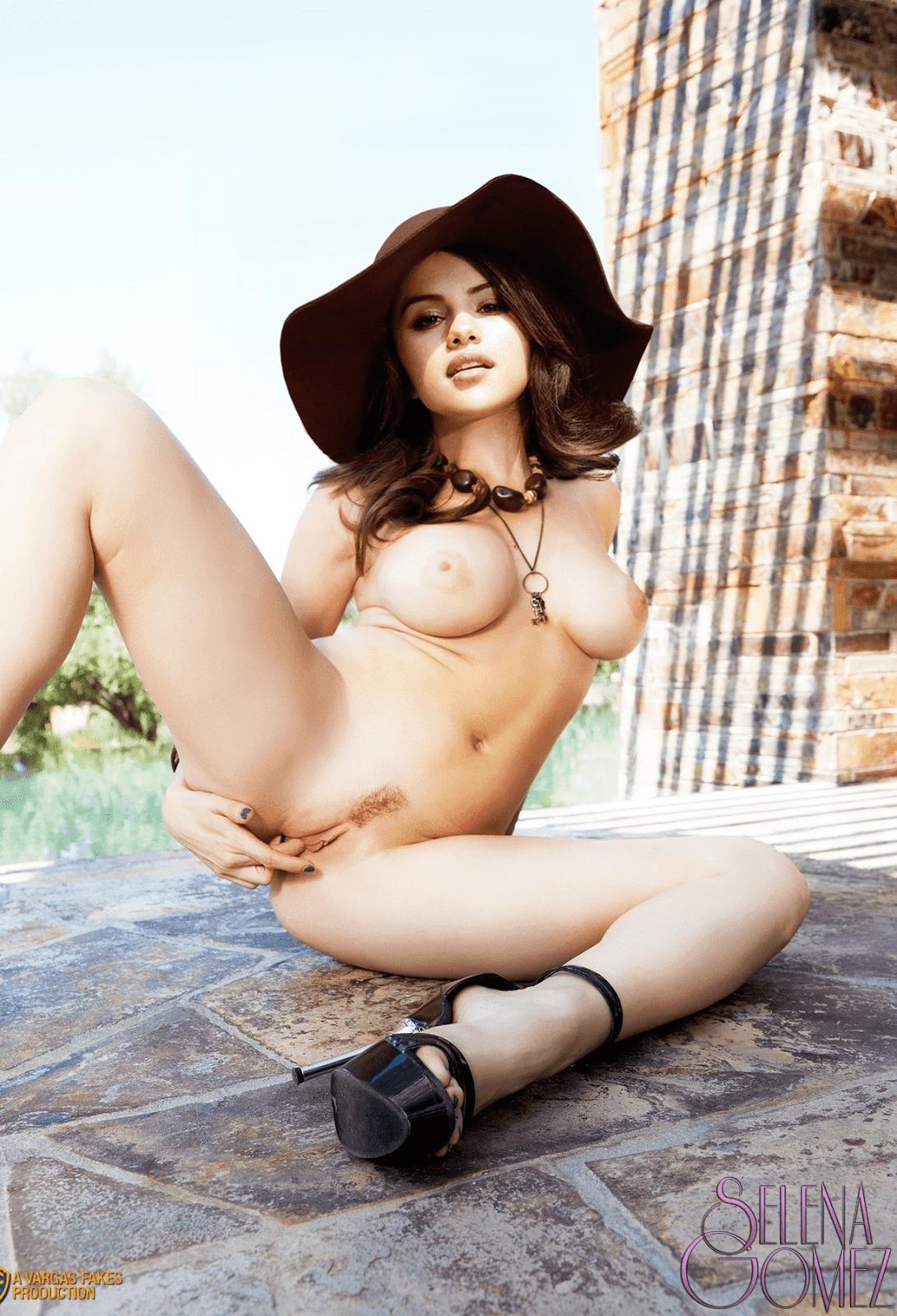 Selena Gomez Fingering Pussy Outdoor