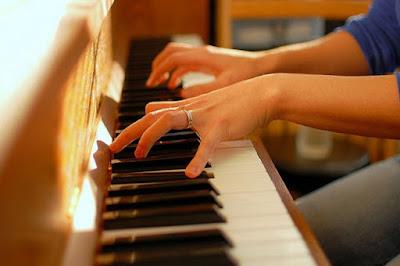 Những lưu ý cần biết khi mua piano điện cũ