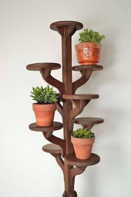 Estantería interior de madera para plantas