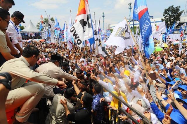 Ingin Ikuti Aksi Lempar Topi, Hinca Pandjaitan Diperingati Prabowo: Berhenti, Nanti Ditegur Bawaslu