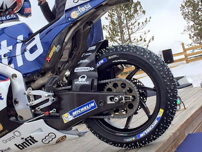 Pakai Ban Berduri, Sekarang MotoGP Bisa Balapan Diatas Salju