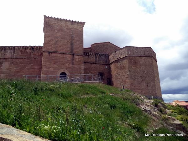 Castillo Palacio de los Fernández de Heredia (Mora de Rubielos, Teruel)