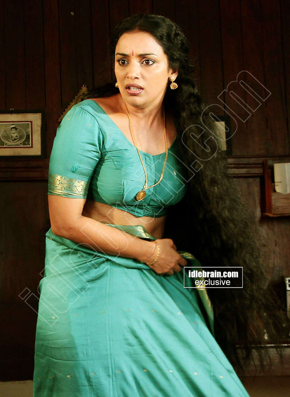Hot Item Girls Mallu Actress Swetha Menon Masala Pics-2701