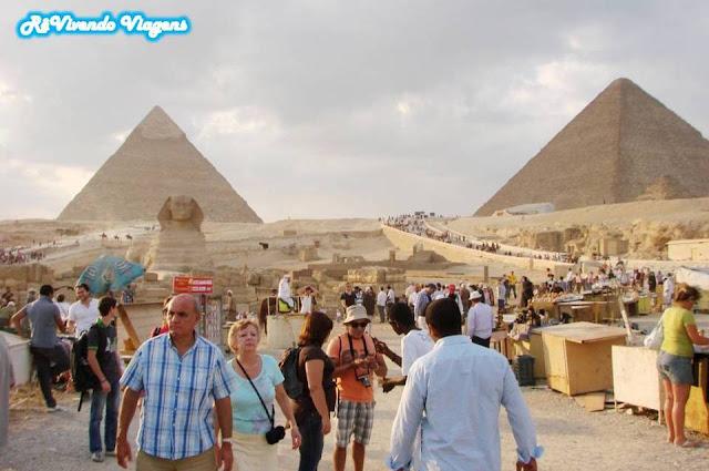 Piramides e esfinge
