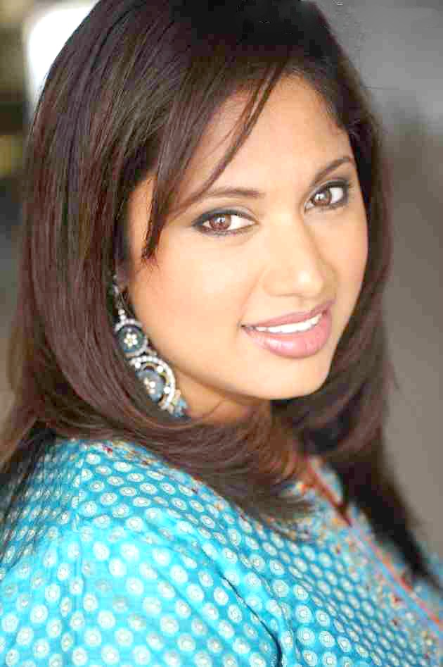 radhika chaudhari hot pics
