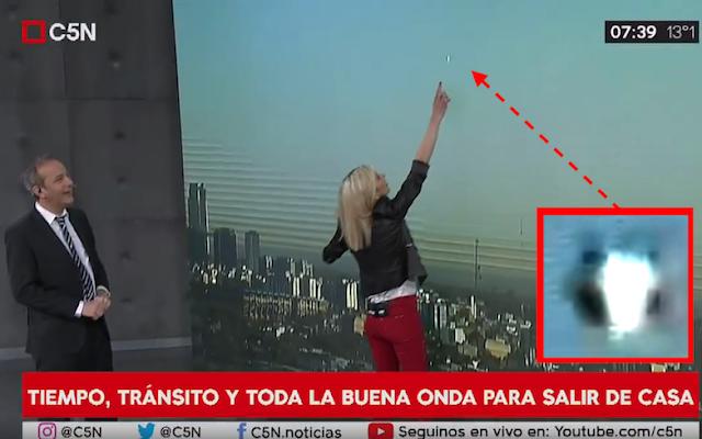 UFO News ~ UFO Shows Up On Live Newcast Over Buenos Aires, Argentina plus MORE Argentina%252C%2Blive%2Bnews%252C%2BWOW%252C%2Baliens%252C%2Balien%252C%2BET%252C%2Bplanet%2Bx%252C%2Banunnaki%252C%2Bgods%252C%2Bgod%252C%2Bangels%252C%2Bdemons%2BMars%252C%2Bsecret%252C%2Bwtf%252C%2BUFO%252C%2Bsighting%252C%2Bevidence%252C%2B