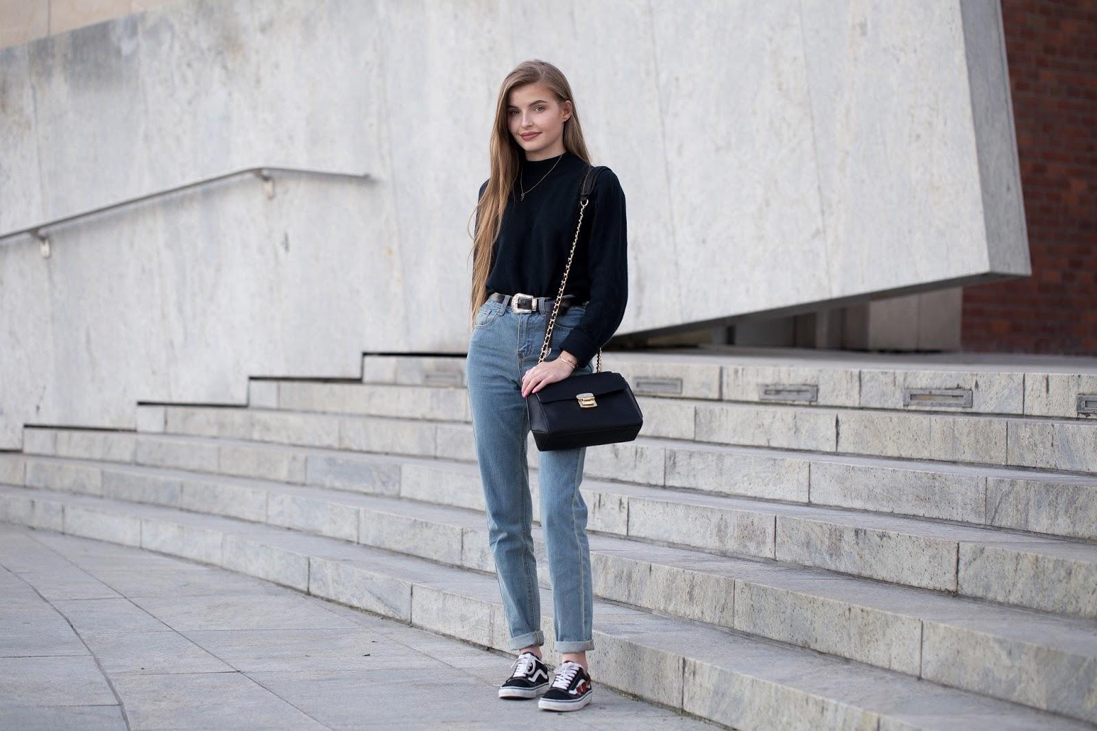 stylizacja mom jeans blog
