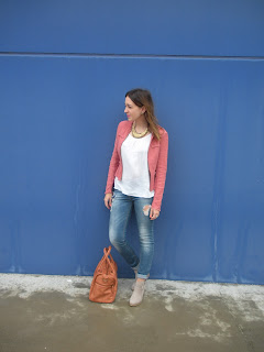 http://conndenoemi.blogspot.com.es/2015/06/pink-over-blue.html