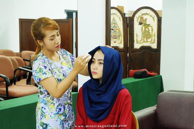 beauty-class-emina-cosmetics