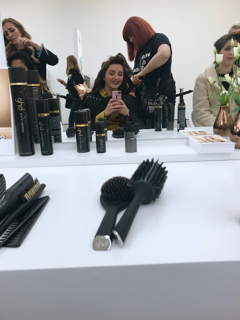 Glamour Beauty Festival 2018 - GHD Curls at the Dry Styling Bar