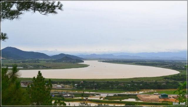 Dòng sông Lam - Nghệ An