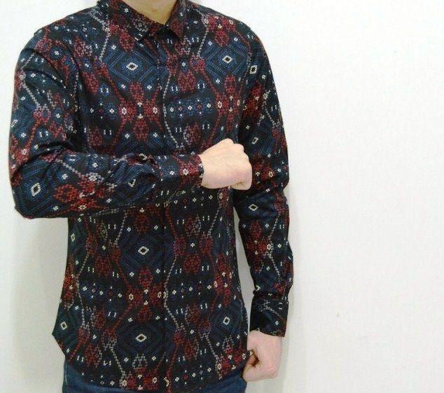 Baju Batik Lengan Panjang Vector: ( GRATIS ) Lima Harga Baju Batik Pria Yang Lagi Ngetren