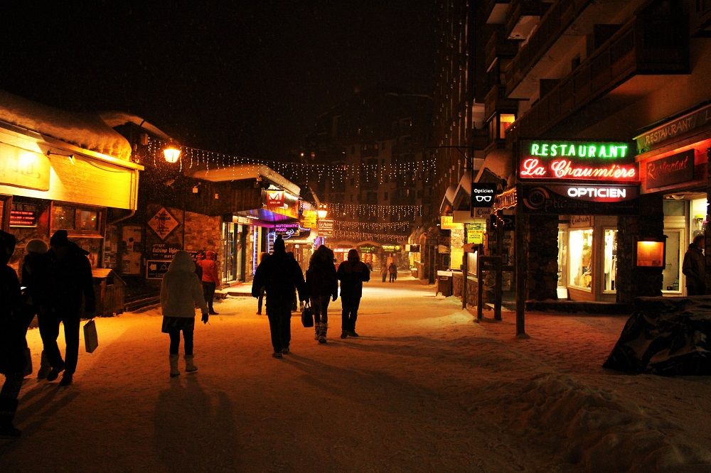 Val Thorens at night - ski holiday in the French Alps - travel blog