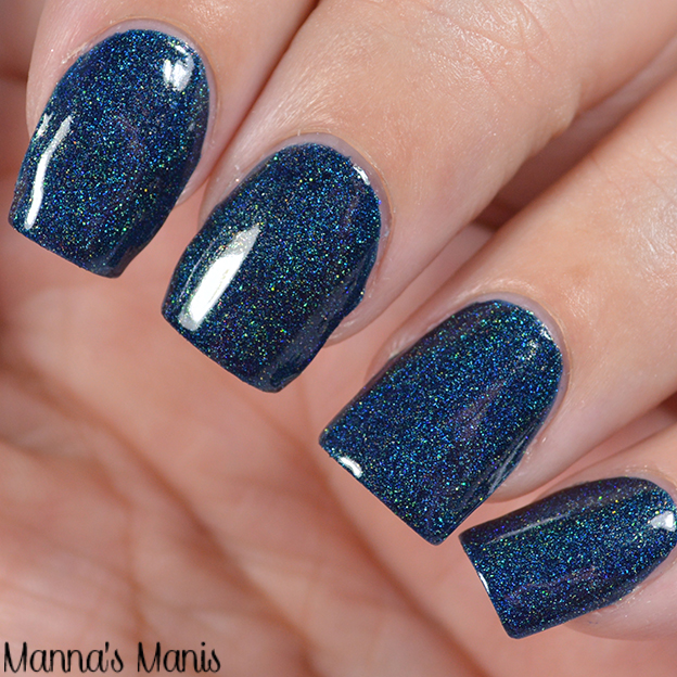 The Color Box: Blue All The Things & Giveaway - Manna\'s Manis
