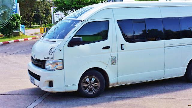 Изображение микроавтобуса