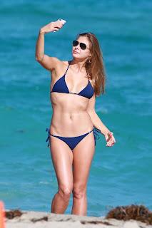 Anastasia-Galkova-in-Blue-Bkini-2016--05+sexycelebs.in.jpg
