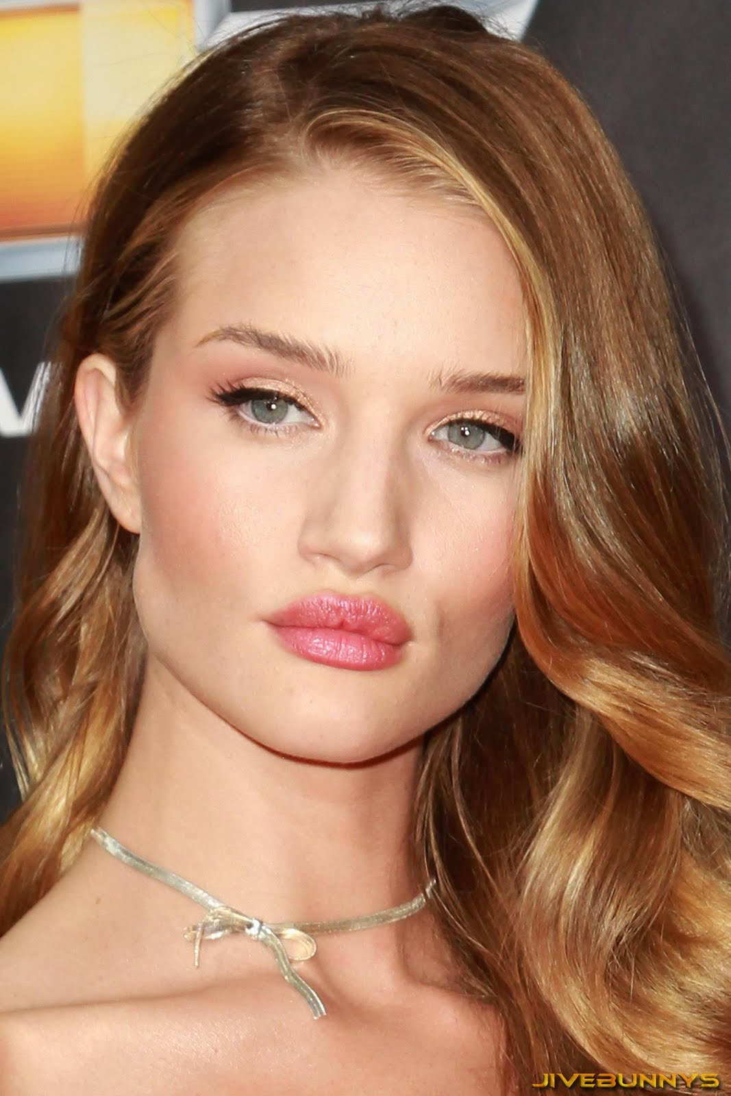 Rosie Huntington Whiteley Special Pictures 12 Film