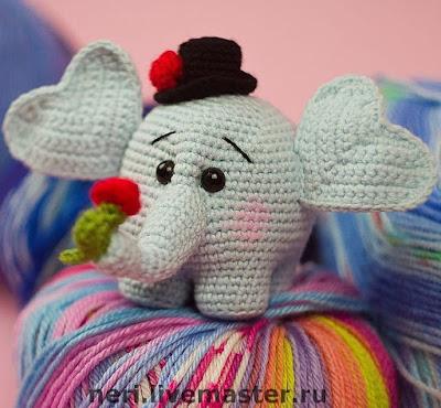 Слоненок амигуруми крючком