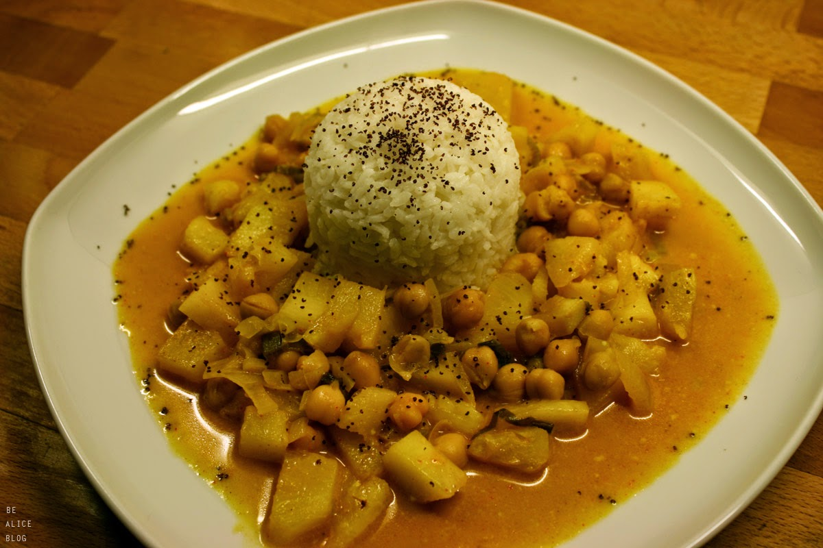 http://be-alice.blogspot.com/2015/02/spicy-pineapple-coconut-curry-vegan.html