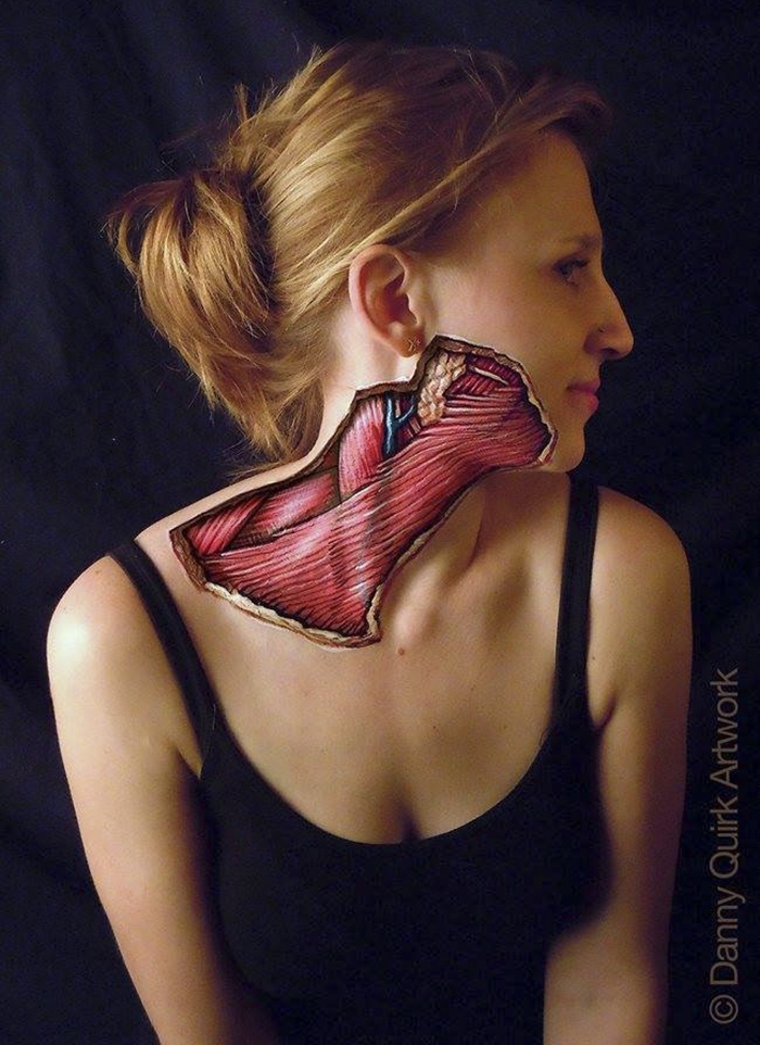 09-Danny-Quirk-Anatomy-Explored-with-Body-Painting-www-designstack-co