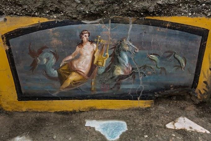 Θερμοπωλείο με διάκοσμο Νηρηίδα βρέθηκε στην Πομπηία