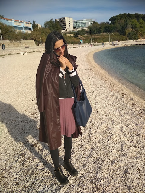 How to #style a faux leather #coat in a casual way? #Transitional item to have in one's closet #1 (outfit proposal of the day, #casual styling)
