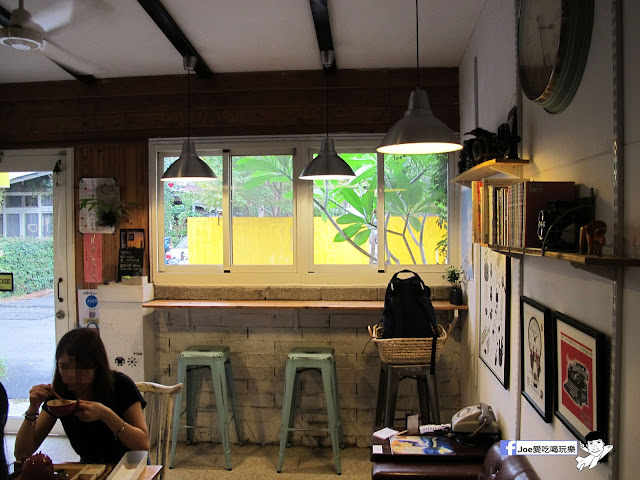 IMG 1057 - 【台中咖啡】隱藏在一般住家裡的老宅咖啡香 | 窩柢 咖啡公寓 | 手沖咖啡 | 手作甜點 | 教師新村 |