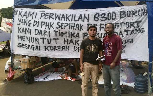 Korban Divestasi 51%, Perwakilan Buruh Freeport yang Di-PHK Nginap di Seberang Istana