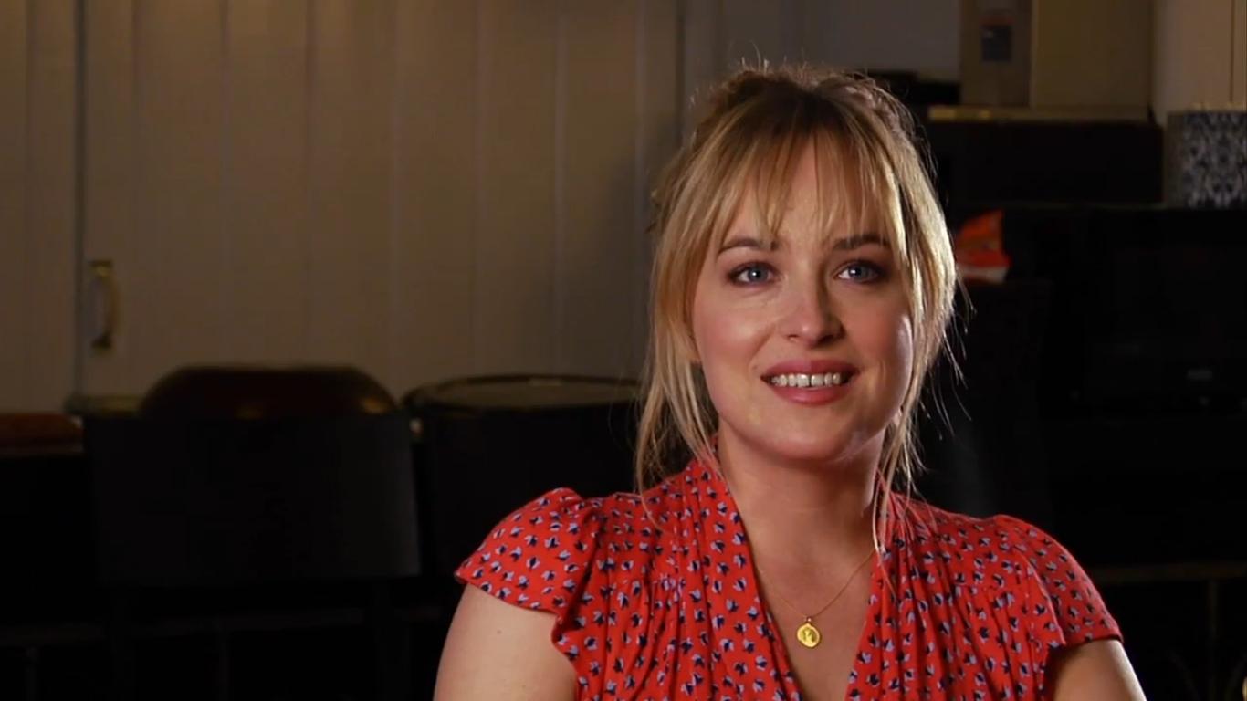 BEN AND KATE: Maggie Elizabeth Jones Talks About Filming ...