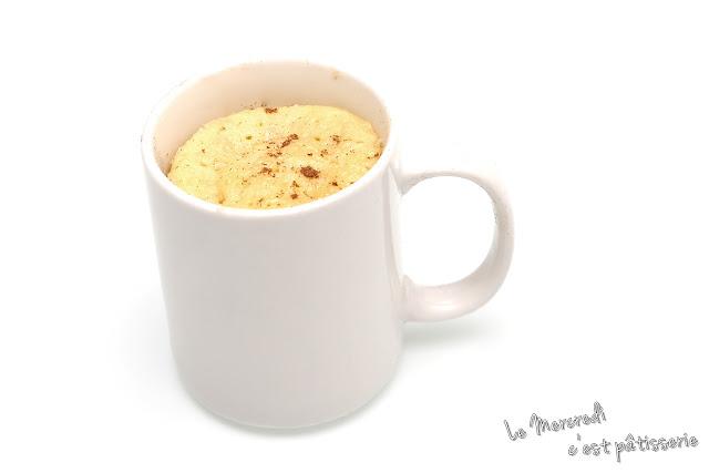 Mug cake poire, amande et cannelle