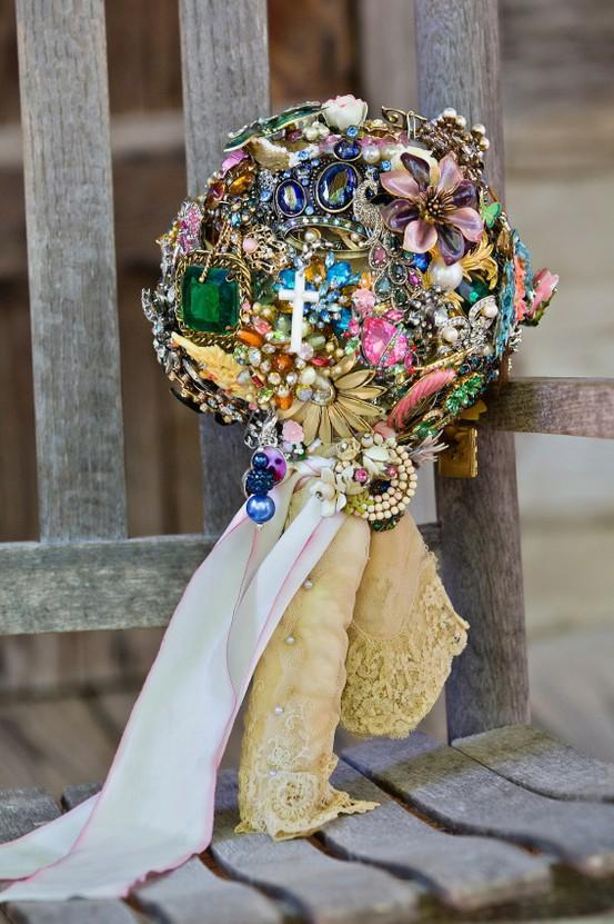 Viva Home Comfort >> Country Sugar Events: miranda lambert's bouquet {san antonio wedding planner}