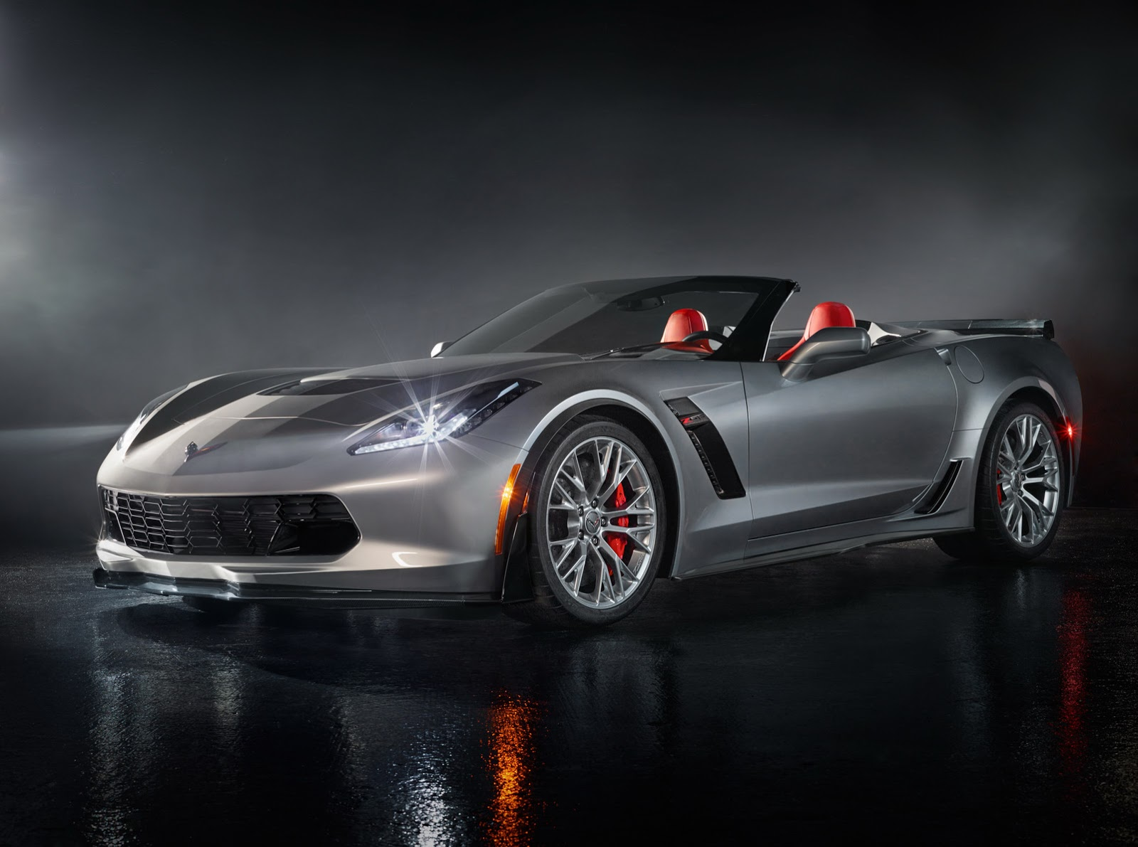 New 2015 Corvette Stingray Z06 is Bloody Fast, Hits 60mph in 2.95 Seconds!