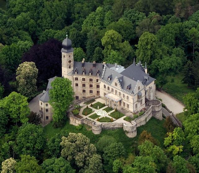 """Résultat de recherche d'images pour """"château de callenberg"""""""