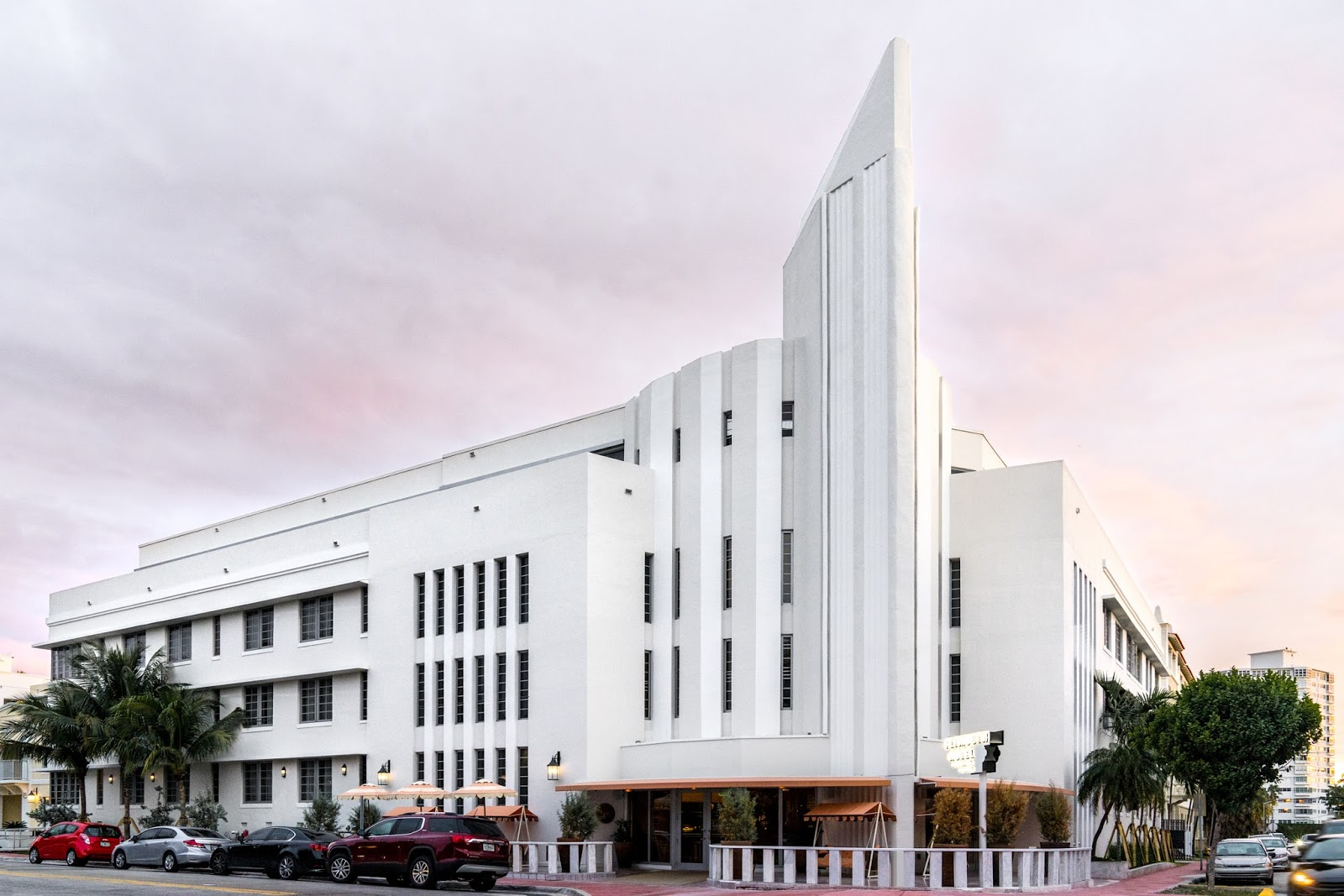 Miami Beach January 2017 When It Opened In 1940 Nothing Looked Like The Plymouth An Art Deco Icon That Epitomized Glamour And Style Of Its Time