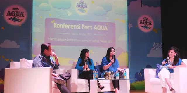 Anak Indonesia Kurang Minum Air Mineral