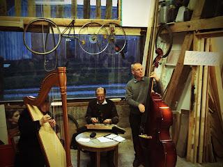 Stubenmusi im Reparaturcafe in Schondorf am Ammersee