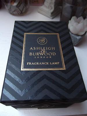 Ashleigh & Burwood London Pearlescence