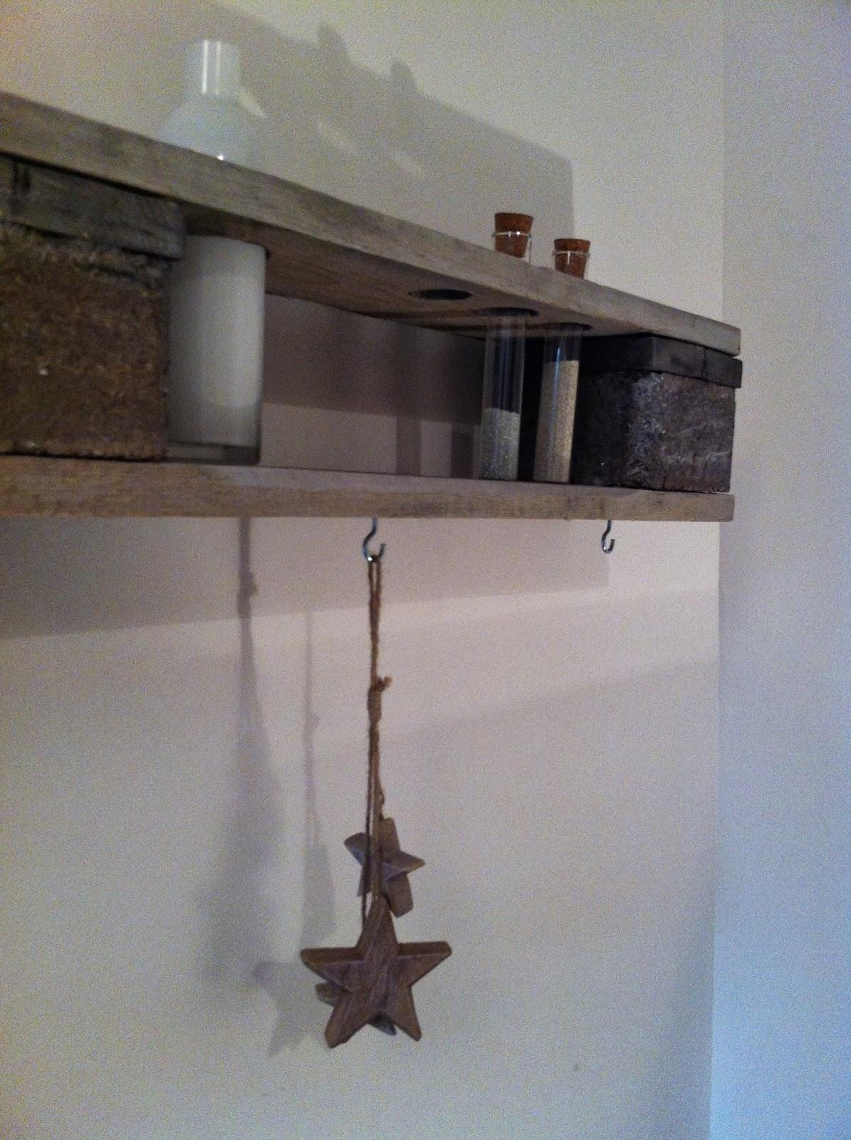 mine de rien palettes et bois flott. Black Bedroom Furniture Sets. Home Design Ideas