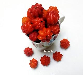 Pitanga berries