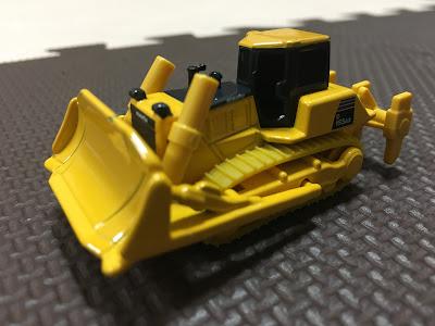 トミカ komatsu bulldozer d155ax-6
