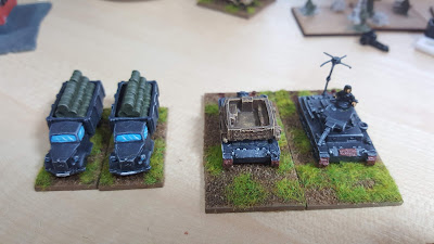 Early war Panzer Division with Panzer IIs, Panzer IIIs, Panzer IVs and a supply and repair company picture 2