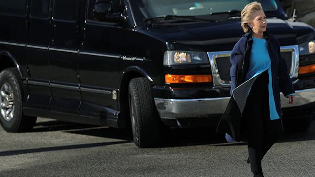 El FBI cierra la investigación contra Clinton dos días antes de las elecciones