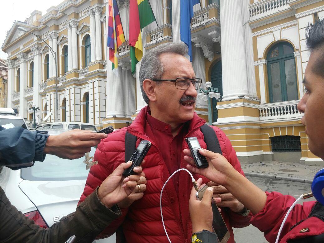 Fabián Yaksic delegado de la Gobernación de La Paz ante el Concejo Autonómico que debate el Pacto Fiscal