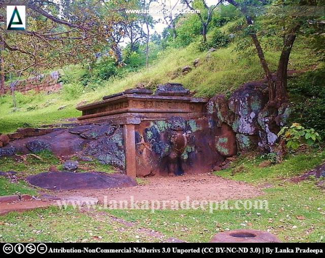 Sinha Pokuna, Mihintale, Sri Lanka