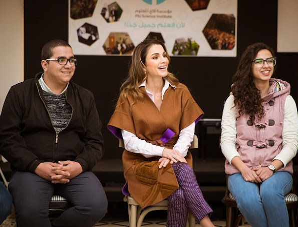 Queen Rania met with the members of the Phi Science Institute. Queen wore Fendi Dress and Balmain Coat, Valentino trousers