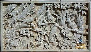 Relief batu alam paras jogja (Batu putih) gambar burung kakatua