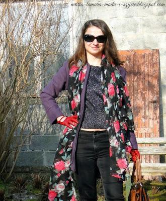 http://maria-tamara-moda-i-szycie.blogspot.com/2014/02/sweter-ze-srebrna-nitka-w-wiosennej.html