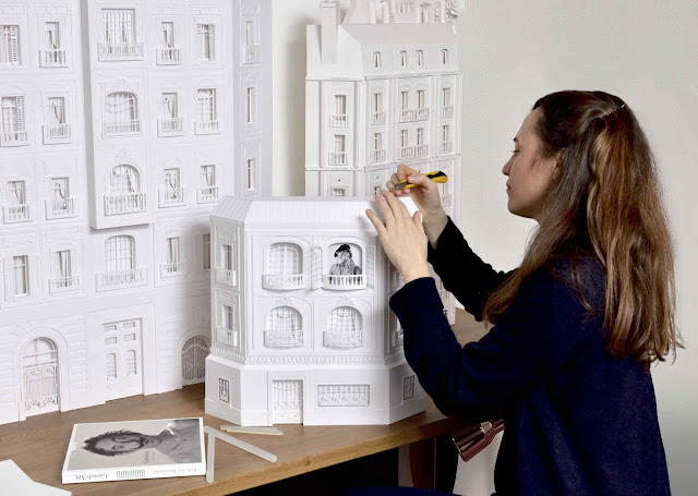 Camille Ortolli : Desainer spesialis kertas