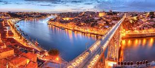 Pour votre voyage Porto, comparez et trouvez un hôtel au meilleur prix. Le Comparateur d'hôtel regroupe tous les hotels Porto et vous présente une vue synthétique de l'ensemble des chambres d'hotels disponibles. Pensez à utiliser les filtres disponibles pour la recherche de votre hébergement séjour Porto sur Comparateur d'hôtel, cela vous permettra de connaitre instantanément la catégorie et les services de l'hôtel (internet, piscine, air conditionné, restaurant...)